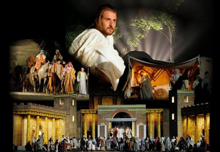 UN HOMME NOMME JESUS TRANS SUR ERDRE PRESENTE PAR NANOU CREATION TRAITEUR